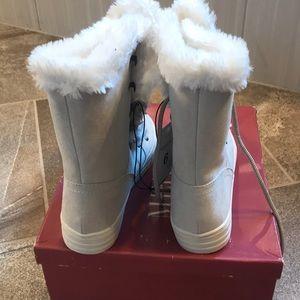 Merona Shoes - New with tags Merona boots